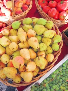 pears at the farmers market