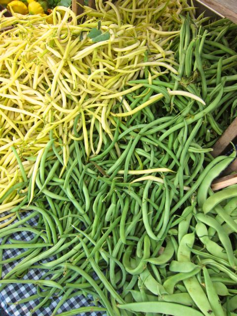 yellow and green wax beans