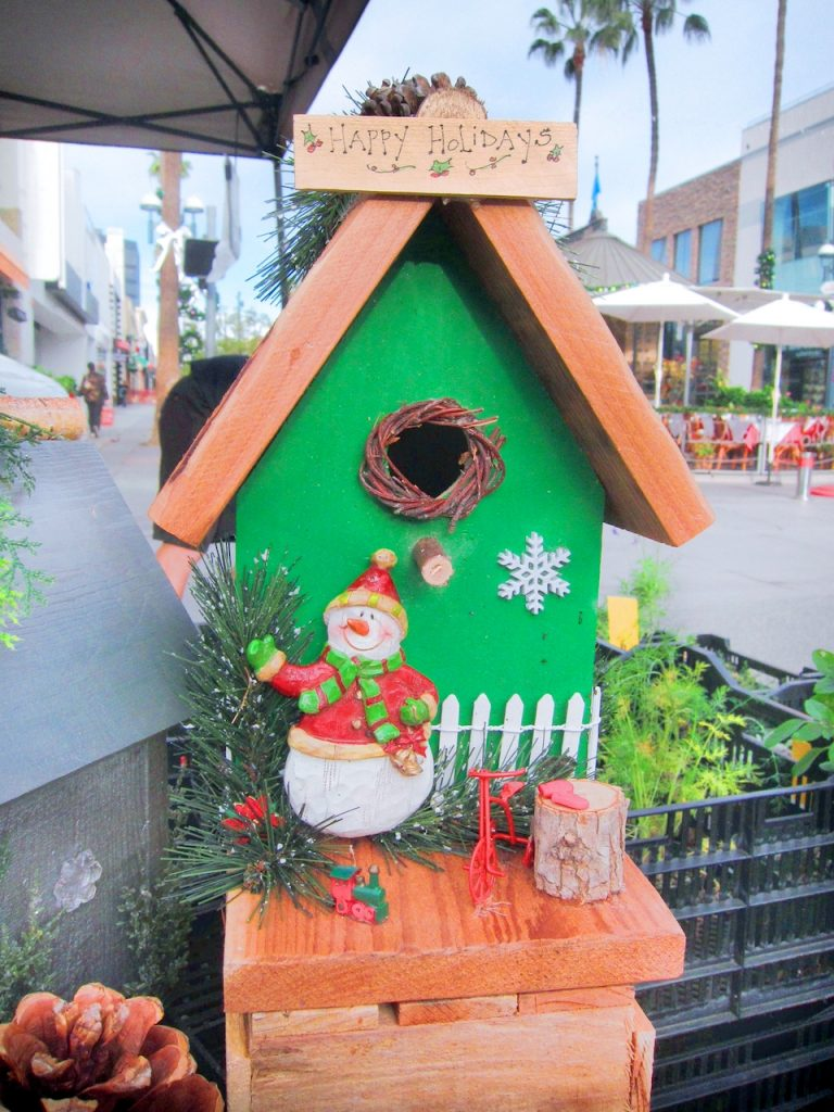 green Christmas bird house