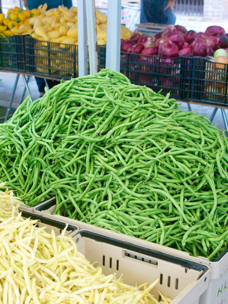 green beans at farmers market
